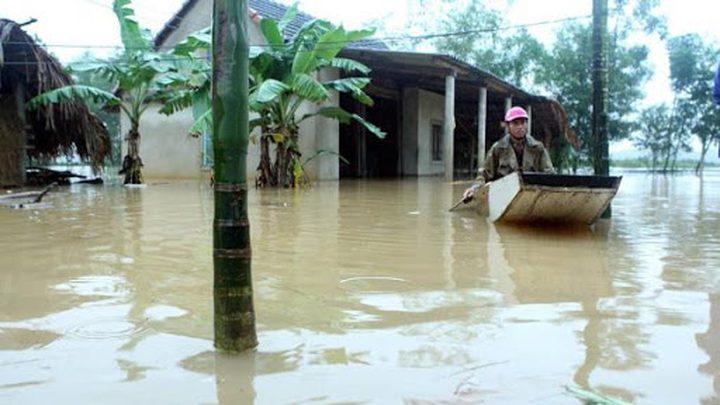 مقتل 12 أشخاص جراء سيول وانهيارات أرضية في اندونيسيا
