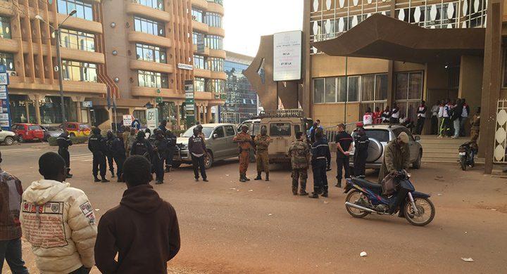 مقتل 5 على الأقل بهجوم يستهدف كنيسة شمالي بوركينا فاسو