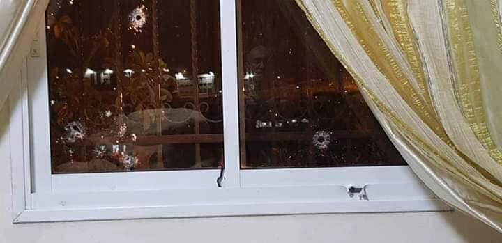 تعرّض منزل مدير جمارك جنوب الخليل لإطلاق النار من مجهولين