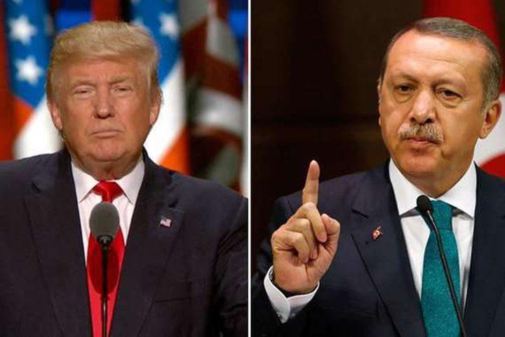 أردوغان وترامب يبحثان هاتفيا صفقة صواريخ إس-400 الروسية