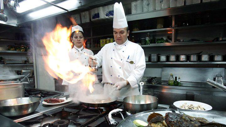 إطلاق برنامج في الفنادق الشهيرة بتركيا لوقف هدر السياح للطعام