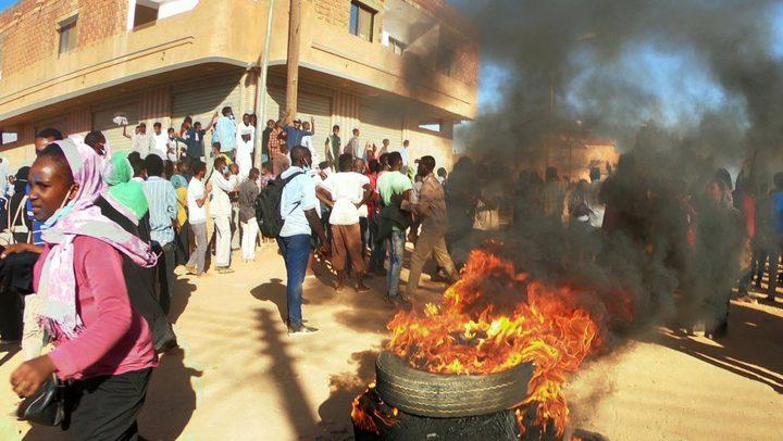 المجلس العسكري السوداني: ملتزمون بالتفاوض لكن لا فوضى بعد اليوم