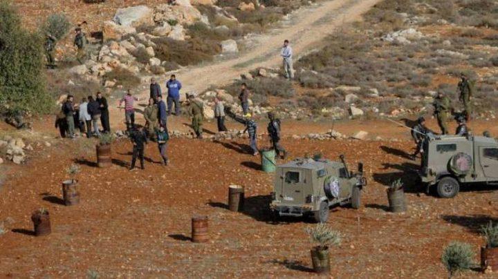 الاحتلال يستولي على رافعة في الأغوار الشمالية