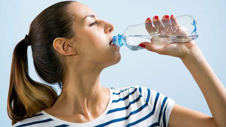 اضرار جفاف الجسم وتأثيره على الصحة منها فقدان التركيز والصداع