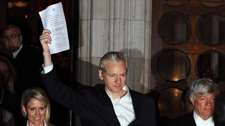 """محكمة بريطانية: السجن 50 أسبوعاً لمؤسس """"ويكيليكس"""""""