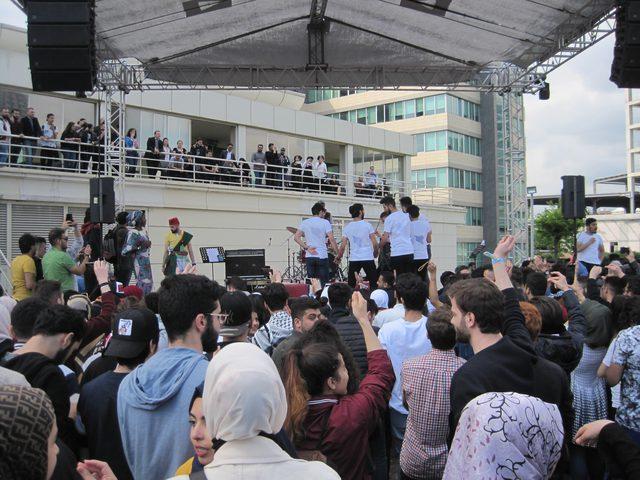 جامعة في اسطنبول تنظم يوم للتبادل الثقافي بين الطلبة