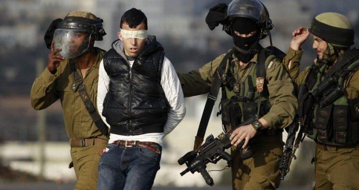 الاحتلال يعتقل مواطنين أحدهما طفل جنوب نابلس
