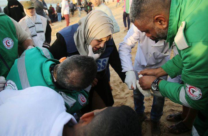 اصابة صحفية بالرأس شرق البريج