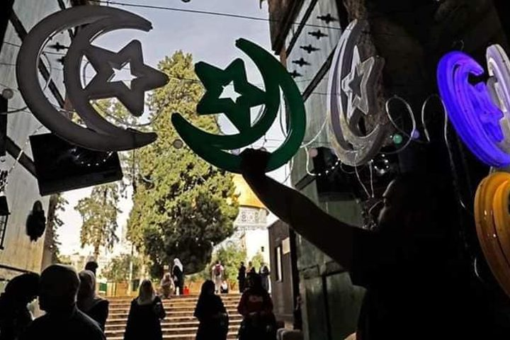 القدس تتجهز لاستقبال شهر رمضان المبارك