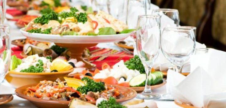 دراسة تكشف السر وراء تسبب الطعام الشعور بالاكتئاب احيانا