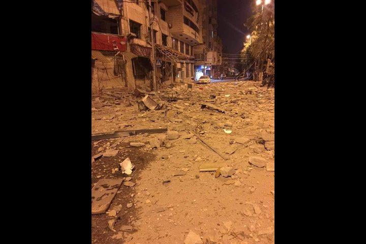 طائرات الاحتلال تدمر عمارة سكنية جديدة وسط غزة