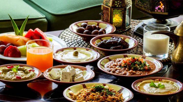 نصائح طبية لمرضى السكري والقلب والنساء الحوامل في رمضان
