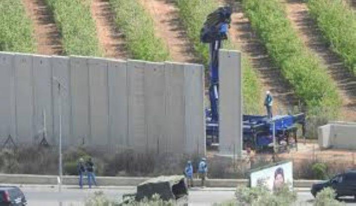 الاحتلال يبدأ بإنشاء جدار خرساني شرق وشمال قطاع غزة