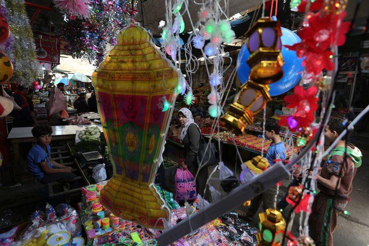 أجواء شهر رمضان المبارك في احدى أسواق مدينة غزة.