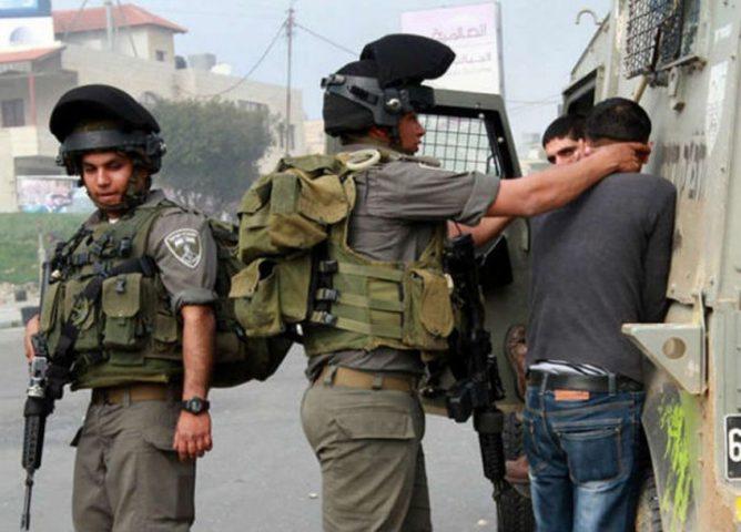الاحتلال يعتقل تسعة مواطنين على الأقل من الضفة