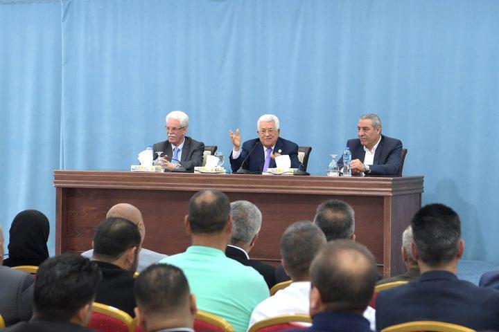 الرئيس يستقبل أمناء سر وأعضاء أقاليم فتح بالضفة الغربية