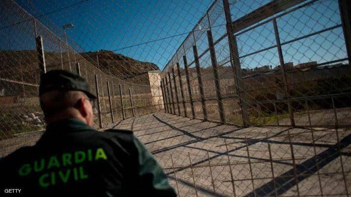 عشرات المهاجرين الأفارقة يتسللون من المغرب إلى سبتة