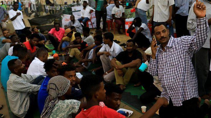 المجلس العسكري بالسودان مجددا: لا فض للاعتصام بالقوة