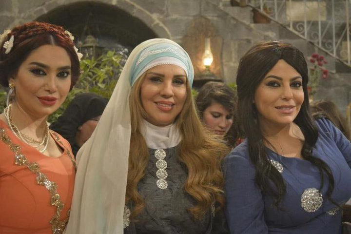 شاهد الحلقة الثامنة من مسلسل عطر الشام 4