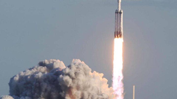 تأجيل آخر لإطلاق 60 قمرا صناعيا لخدمة الإنترنت الجديدة