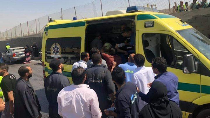 إصابات بتفجير استهدف حافلة سياحية أمام المتحف المصري الكبير