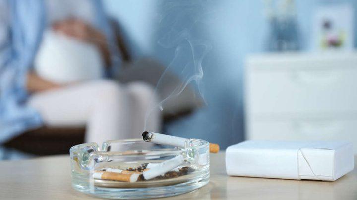 التدخين أثناء الحمل يزيد خطر الموت المفاجئ للرضيع