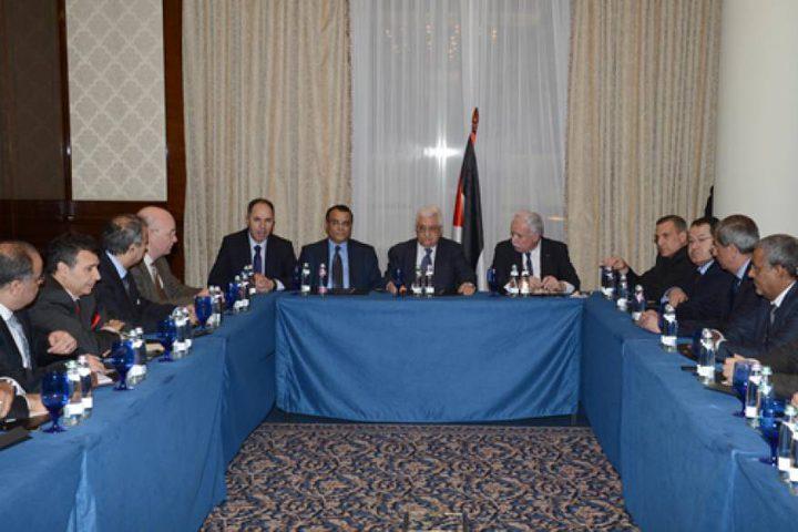 الرئيس يستقبل السفراء العرب المعتمدين لدى قطر