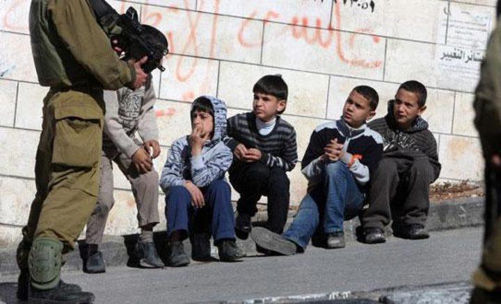 اعتقال طفل واحتجاز أربعة آخرين في القدس