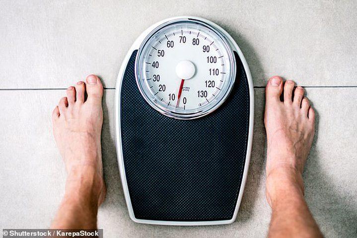 ضبط السلوك اليومي يمنع زيادة الوزن