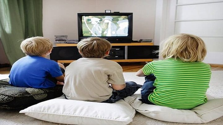 قوانين للحد من مشاهدة طفلك للتلفاز في رمضان