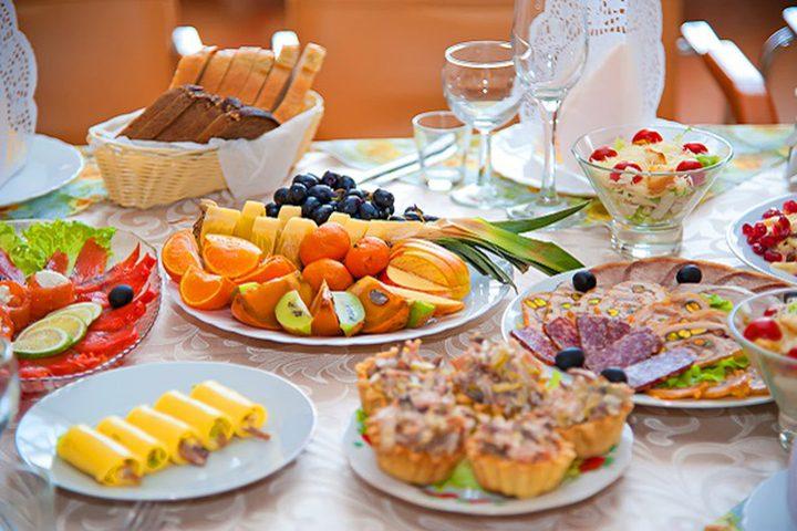 أطعمة احرصي على وجودها بمائدتك في رمضان