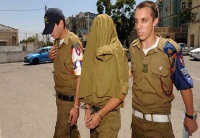 """""""صورة"""": جندي اسرائيلي متهماً بعدة قضايا منها حرق حقول للفلسطينيين"""