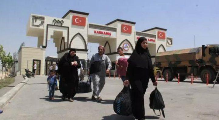 عودة 330 الف سوري من تركيا إلى بلادهم