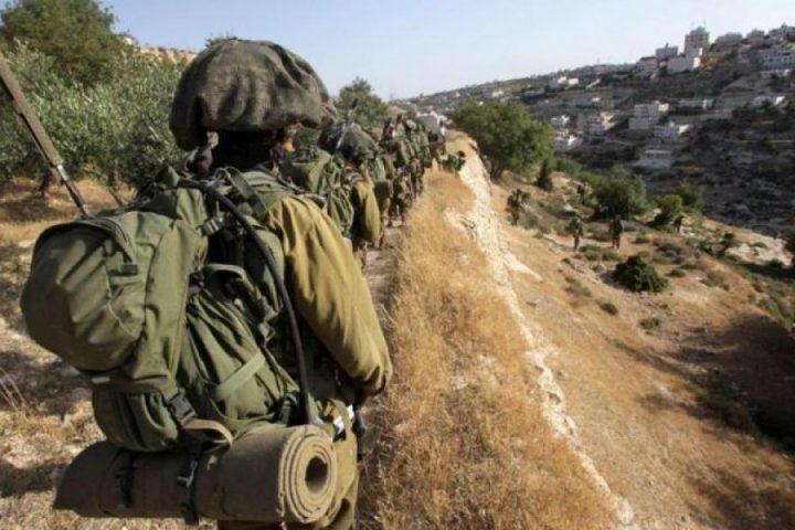 الاحتلال يخلي 15 عائلة من منازلهم في الأغوار لتنفيذ تدريبات