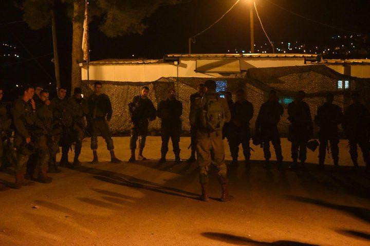 الاحتلال يستولي على خيمة مقدسي مبعد بالقرب من المسجد الاقصى