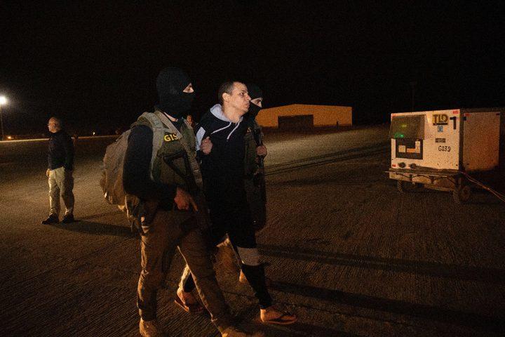 التلفزيون الرسمي: تسليم المتشدد البارز هشام عشماوي إلى مصر