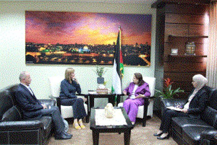 الكيلة تبحث مع سفيرة النرويج سبل تعزيز التعاون