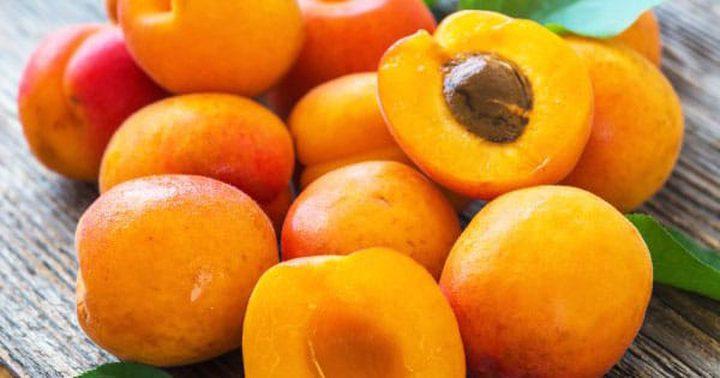 فوائد تناول فاكهة المشمش الصحية
