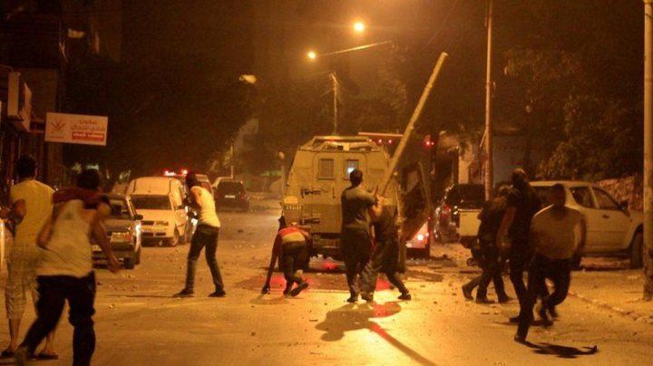 اصابات احداها خطيرة خلال اقتحام الاحتلال لقبر يوسف شرقي نابلس
