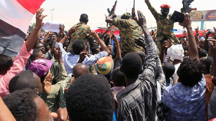 المجلس العسكري السوداني يؤكد عزمه ردع الانفلات الأمني
