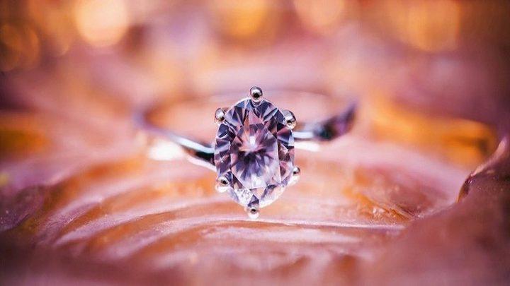 اكتشاف في الماس يثبت أصله غير العادي!