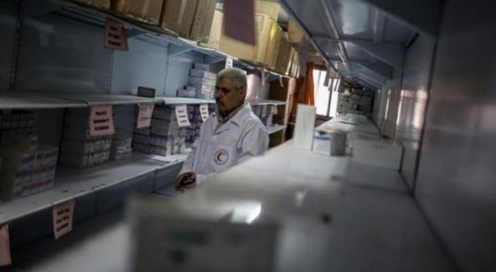 نقص حاد في الأدوية يدخل المستشفيات في مرحلة الخطر