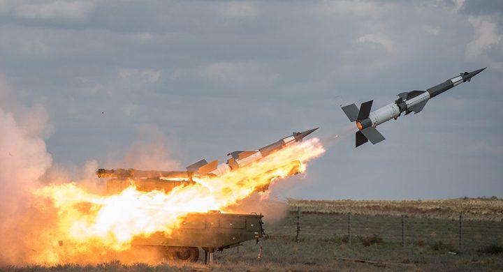 """هجوم صاروخي إسرائيلي على مطار """"التيفور"""" العسكري غرب سوريا"""