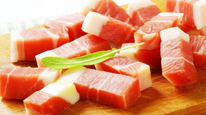 اللحوم والدهون قد تسبب مشكلات في الجهاز الهضمي