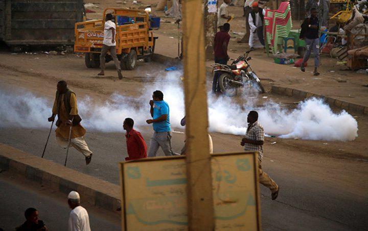 فرنسا تدعو لمحاسبة المسؤولين عن قمع المتظاهرين في السودان