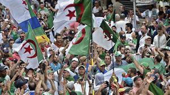 نشر 9 آلاف شرطي في العاصمة الجزائرية