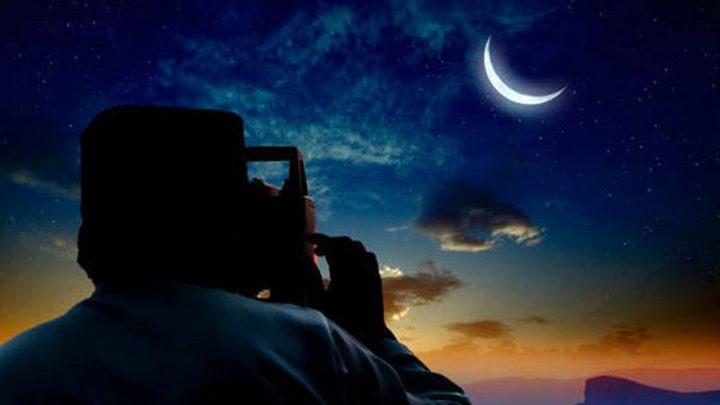 """فلكي كويتي: إعلان ثبوت رؤية الهلال أمس """"جريمة"""" والعيد الأربعاء"""
