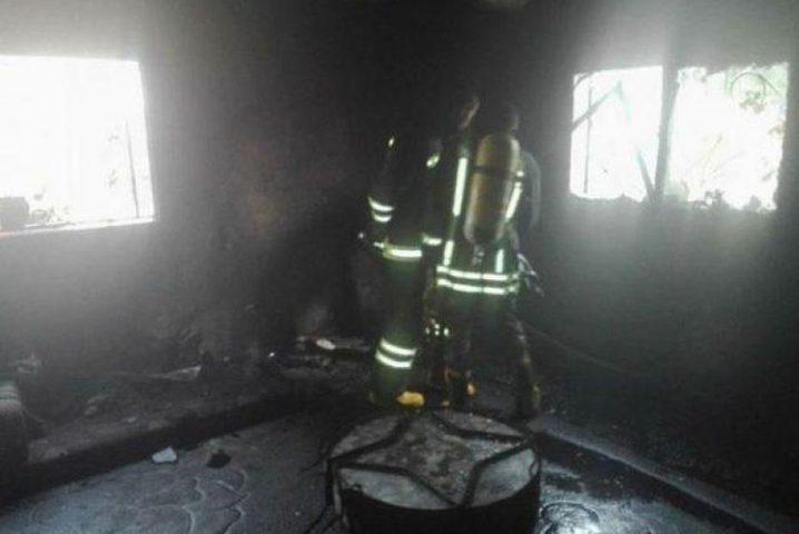 إصابة فتاتين بالاختناق في حريق داخل منزل في جنين