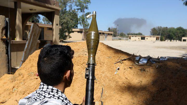 هلال العيد يجمع حكومتي الوفاق والمؤقتة في ليبيا