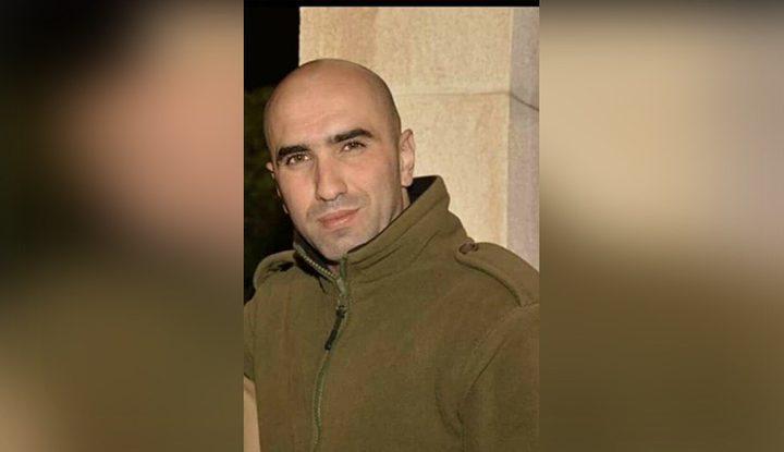 نقل الأسير المضرب حسن العويوي إلى المستشفى لتدهور وضعه الصحي